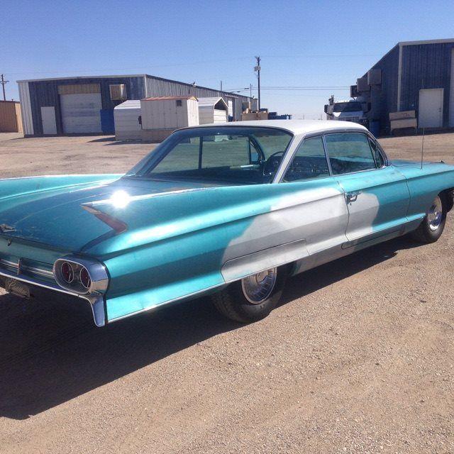 1961 Cadillac DeVille (Blue/Blue