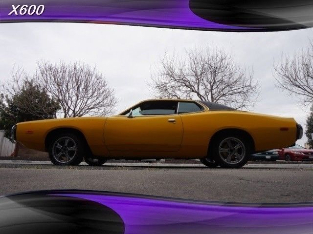 1974 Dodge Charger (Yellow/Black)