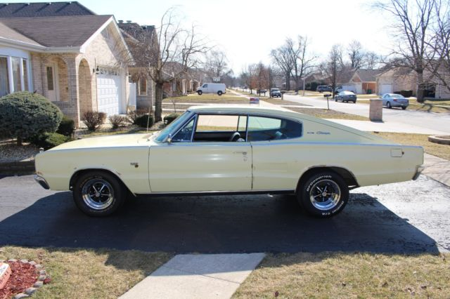 seller of classic cars 1966 dodge charger yellow black. Black Bedroom Furniture Sets. Home Design Ideas