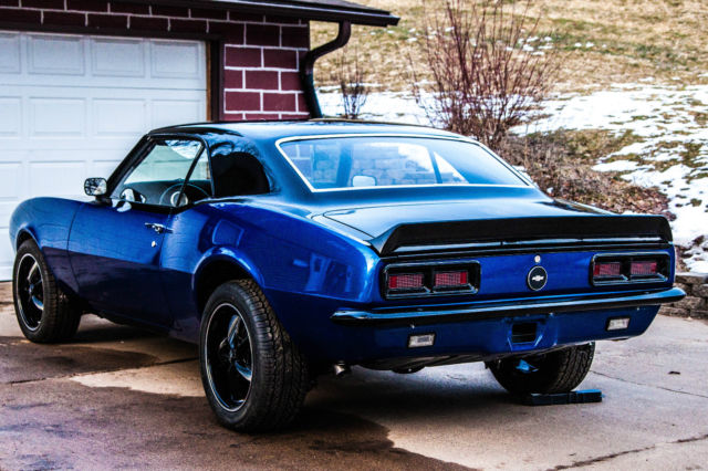 1968 Chevrolet Camaro (Two tone Black and Blue/Black)