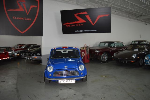 1962 Austin Mini 3.0 CS (Blue/Black)