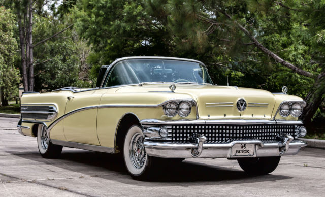 1958 Buick Roadmaster (Yellow/Yellow)
