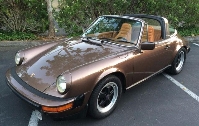 1979 Porsche 911 (Copper Brown Metallic/Cork)