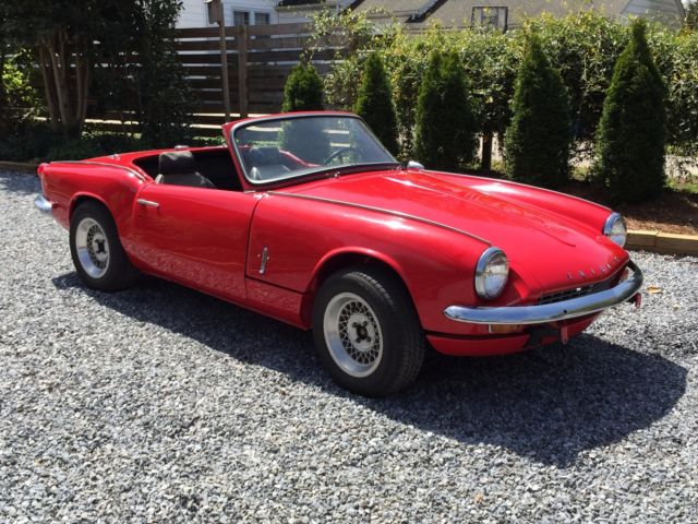 1967 Triumph Spitfire (Red/Black)
