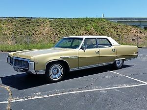 1969 Buick Electra (Gold/--)