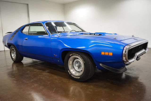 1971 Plymouth Road Runner (Blue/Black)