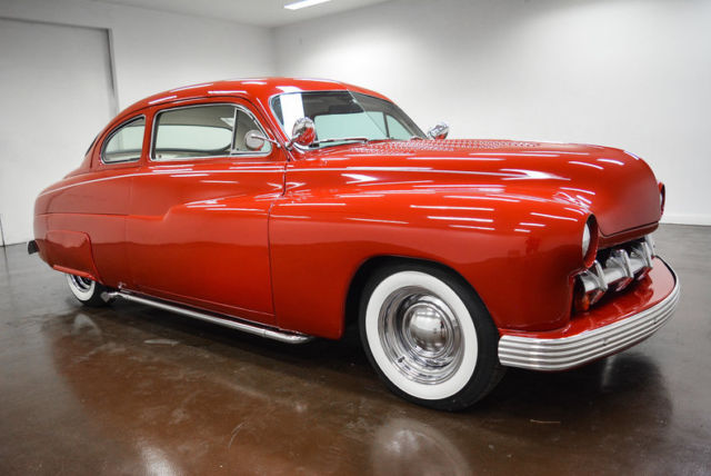 1950 Mercury Coupe (Red/Beige)