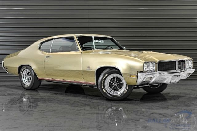 1970 Buick GS Stage 1 (Gold/Black)