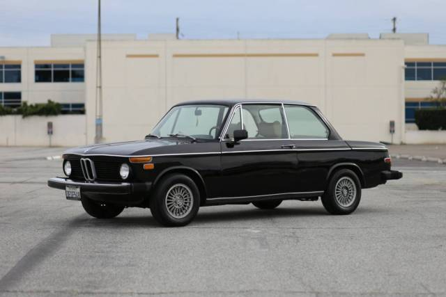1975 BMW 2002 (Black/Tan)