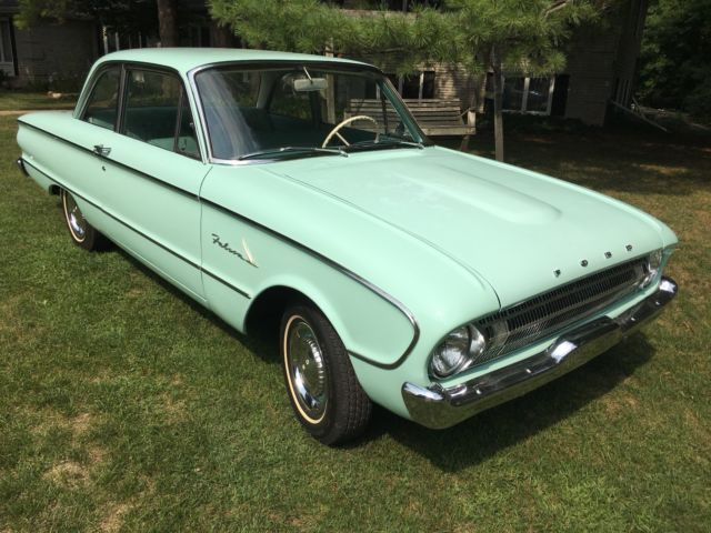 1961 Ford Falcon (Aquamarine/Aqua)