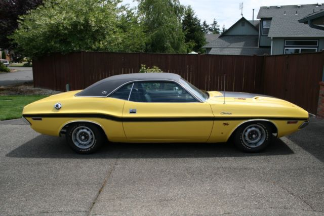 1970 Dodge Challenger (Yellow/Black)