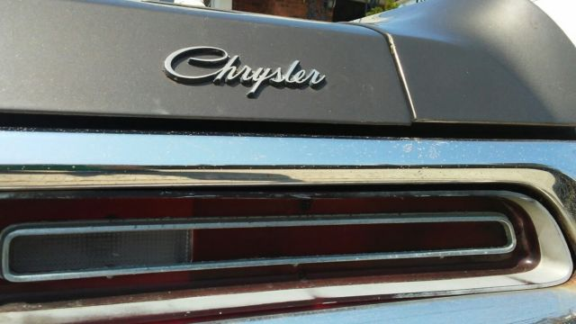1971 Chrysler Newport (Brown/Gold)
