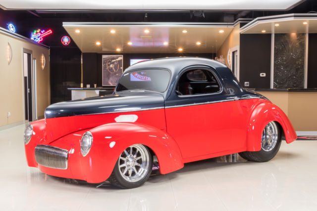 1940 Willys Custom (Red/Graphite w/ custom air brush divide/Gray leather)