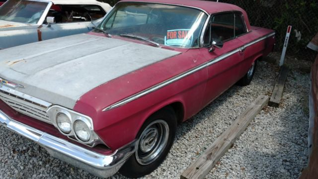1962 Chevrolet Impala (Red/Red)
