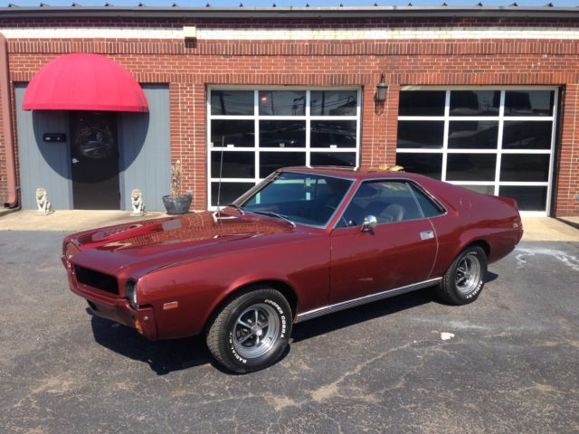 1968 AMC AMX (Calcutta Russett/Black)