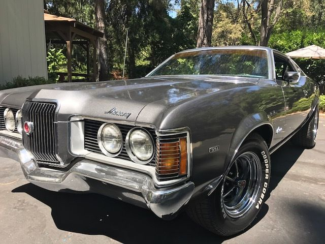 1972 Mercury Cougar (Metalflake Gray/Black)