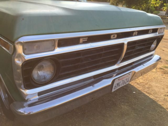 1973 Ford F-100 (Green/Green)
