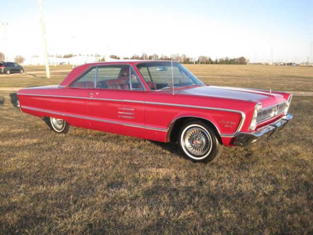1966 Plymouth Fury (Red/Red)