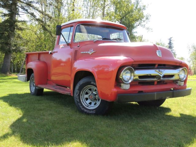 1956 Ford F-100 (Red/Red)