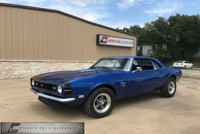 1968 Chevrolet Camaro (Blue/Black)