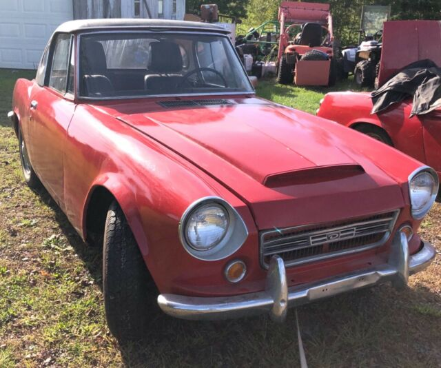 1969 Datsun SRL311 (Red/Black)