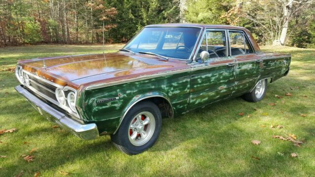 1967 Plymouth Road Runner (Green/Black)