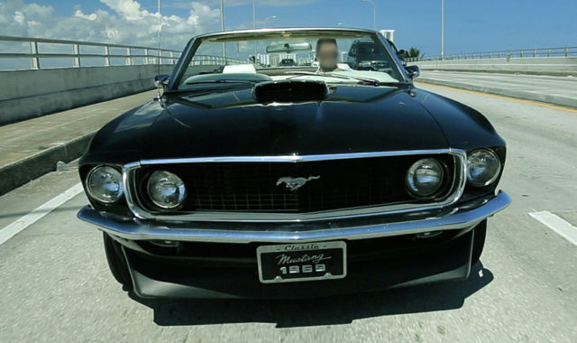 1969 Ford Mustang (Black/Off White)