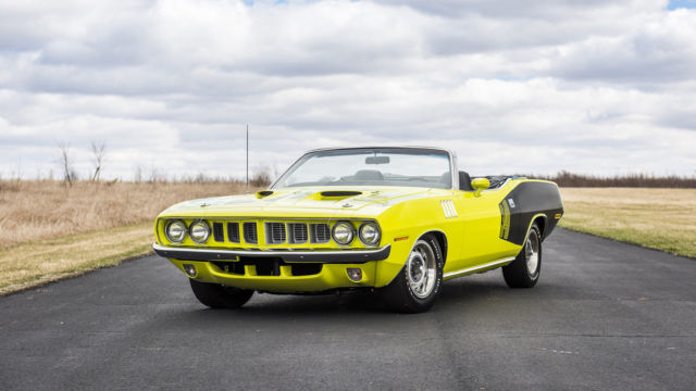 1971 Plymouth Barracuda (GY3 Curious Yellow/Black)