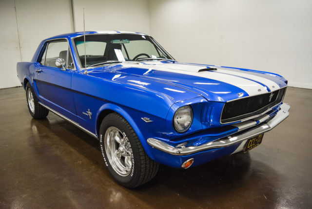 1966 Ford Mustang (Blue/Black)