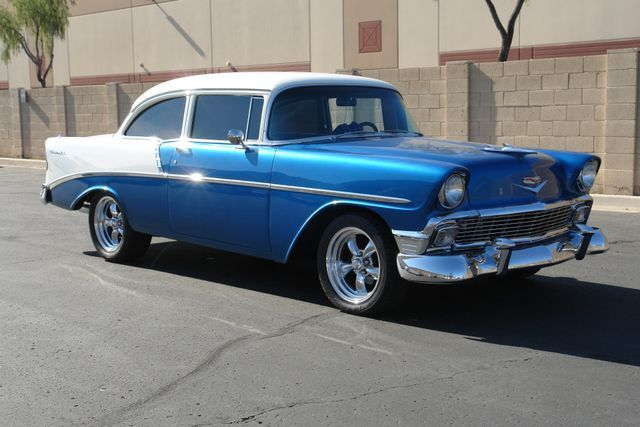 1956 Chevrolet Bel Air/150/210 (Black/White)