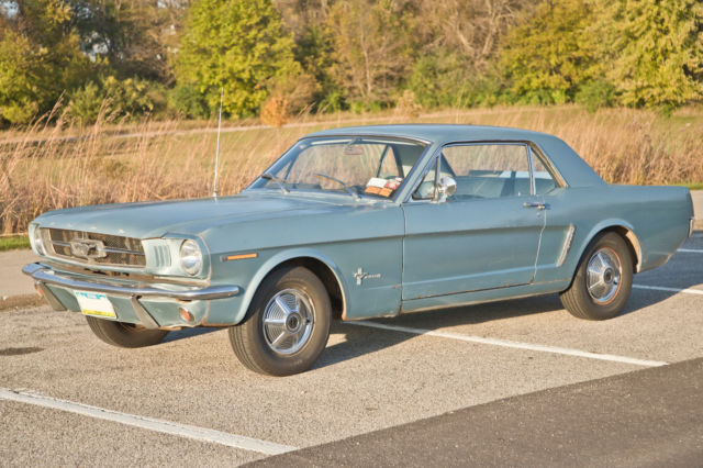 1965 Ford Mustang (Light Blue/Blue)