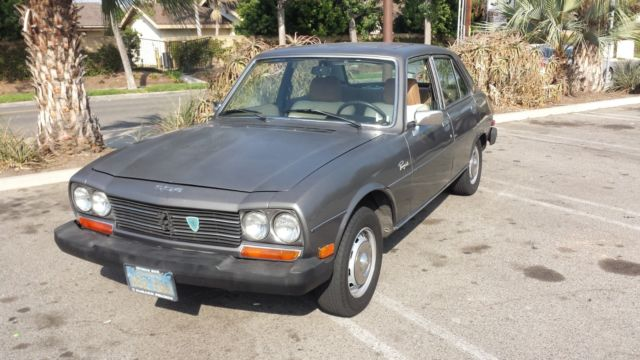 1979 Peugeot 504 (Gun Metal Grey/Tan)