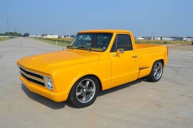 1972 Chevrolet C-10 (Yellow/Gray)