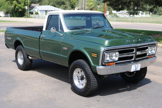 1970 GMC Sierra 1500 Grande (Green/Black)