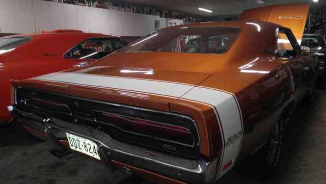 Seller of Classic Cars - 1969 Dodge Charger (T5 Copper