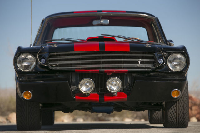 1966 Ford Mustang (Black/Red)