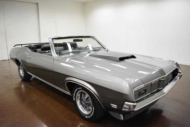 1969 Mercury Cougar (Gray/Black)