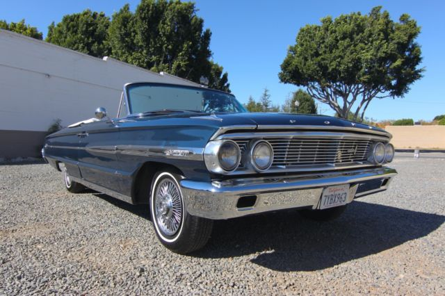 1964 Ford Galaxie (Blue/Blue)