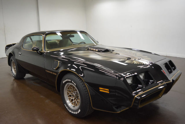 1979 Pontiac Trans Am (Black/Beige)