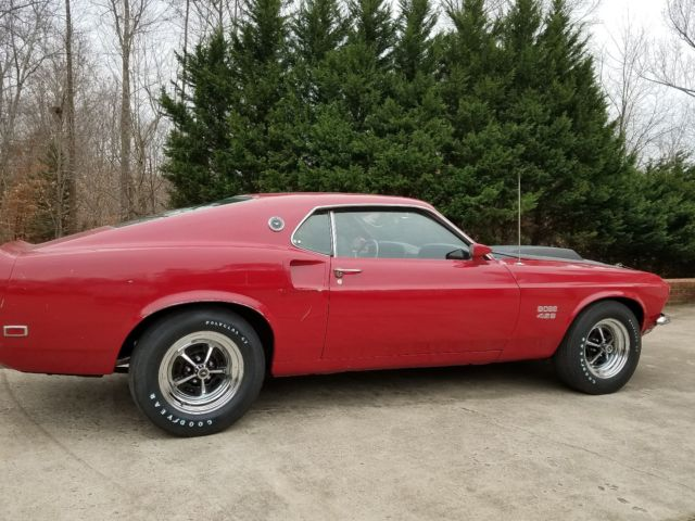 1969 Ford Mustang (Red/Black)