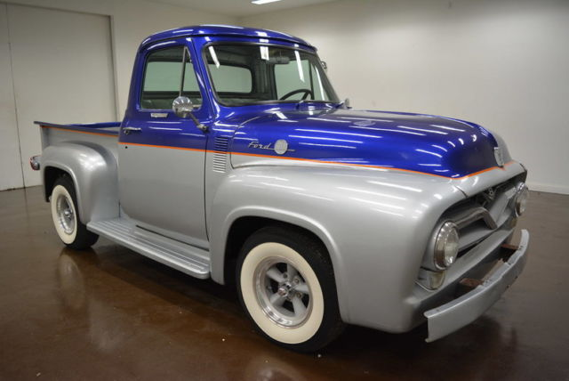1955 Ford F-100 (Silver/Gray)