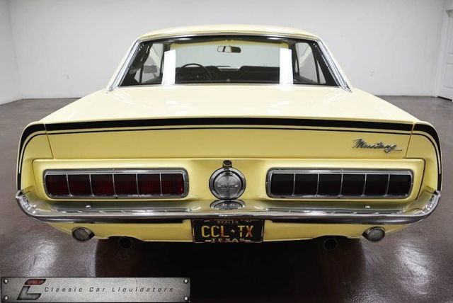 1968 Ford Mustang (Yellow/Black)