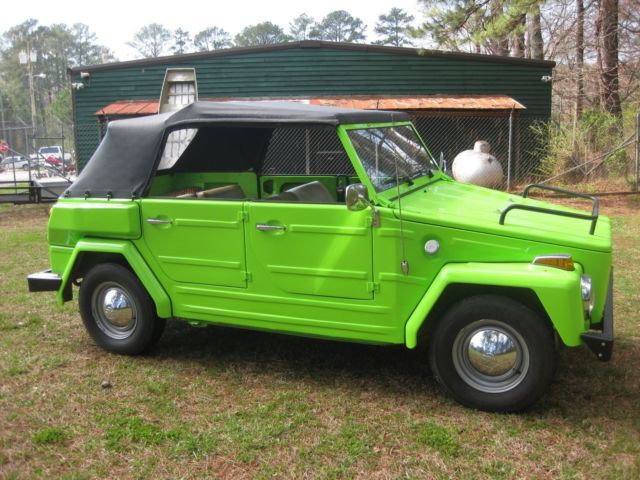 1974 Volkswagen Thing (lime/Tan)