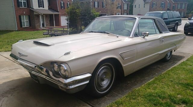 1965 Ford Thunderbird (Tan/parchment)