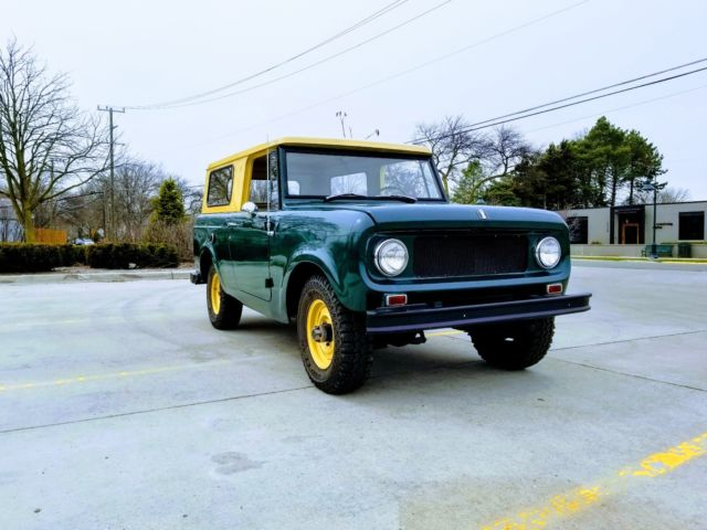 1966 International Harvester Scout (Green/Black)