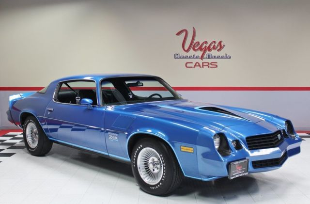 1978 Chevrolet Camaro (Blue/Black)