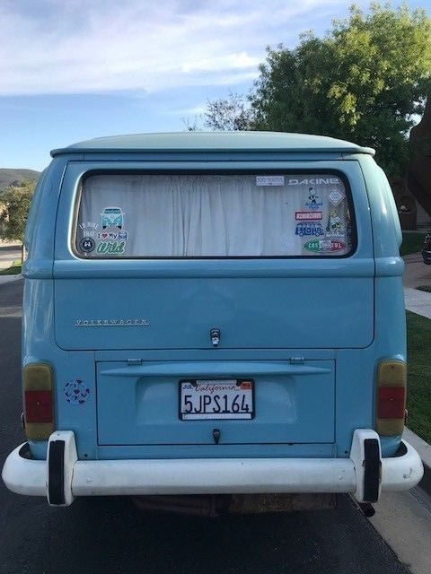 1972 Volkswagen Bus/Vanagon (Blue/Tan)