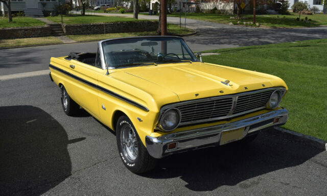 1965 Ford Falcon (Yellow/Black)