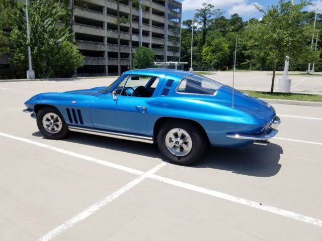 1965 Chevrolet Corvette (Blue/Blue)