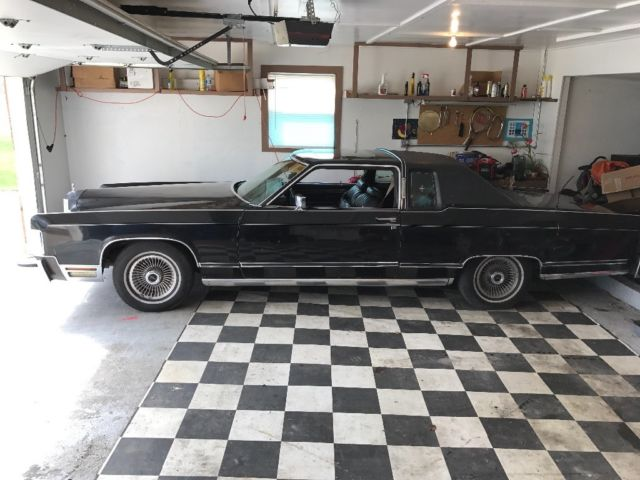 1979 Lincoln Continental (Black/Black)